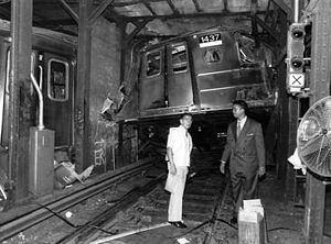 1991 Union Square derailment httpsuploadwikimediaorgwikipediaenthumb3