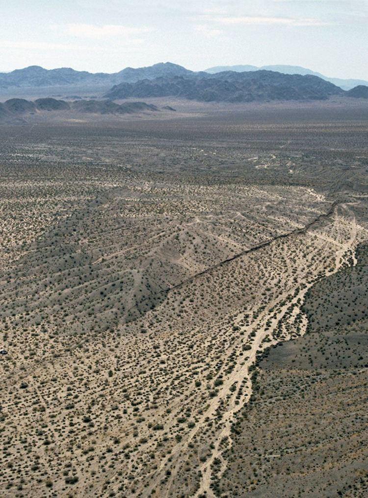1992 Landers earthquake Surface rupture created during the 1992 Landers earthquake Mojave