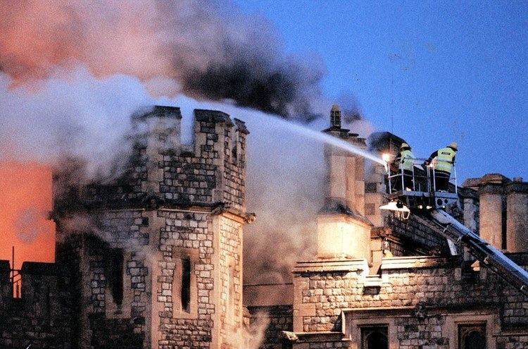 1992 Windsor Castle fire Windsor Castle goes up in flames during the Queen39s 39annus