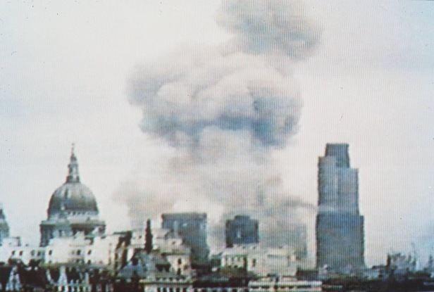 1993 Bishopsgate bombing April 24 1993 IRA39s Bishopsgate bomb devastates the heart of the