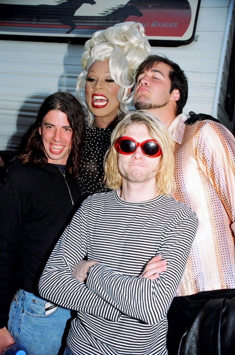 1993 MTV Video Music Awards Nirvana Kurt Cobain RuPaul Dave Grohl Krist Novoselic Montage Of