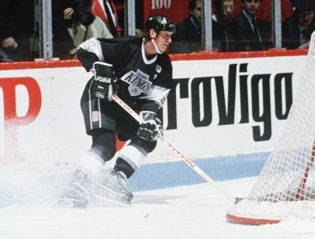 1993 Stanley Cup Finals 1993 Stanley Cup flashback Kings beat Habs in Game 1 Hockey