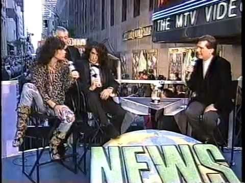 1994 MTV Video Music Awards Aerosmith Walk This Way Live 1994 MTV Video Music Awards YouTube