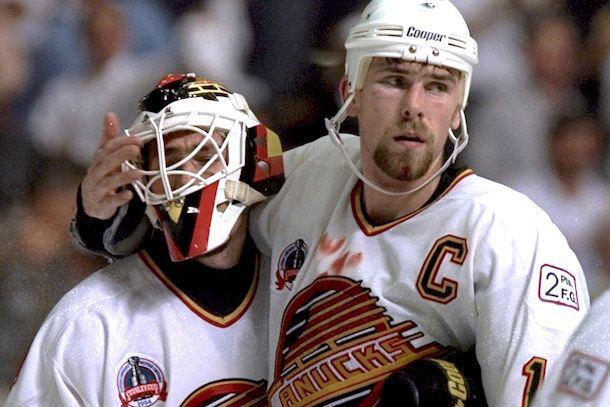 1994 Stanley Cup Finals Canucks Tweet About 3994 Cup Finals Enrages Fans
