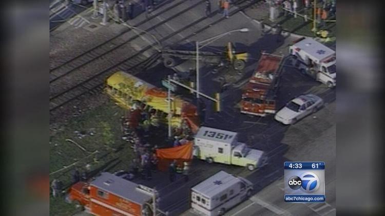1995 Fox River Grove bus–train collision Fox River Grove bustrain crash remembered 20 years later