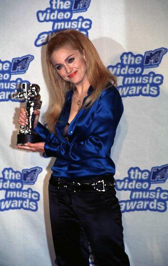 1995 MTV Video Music Awards Pinterest The world39s catalog of ideas