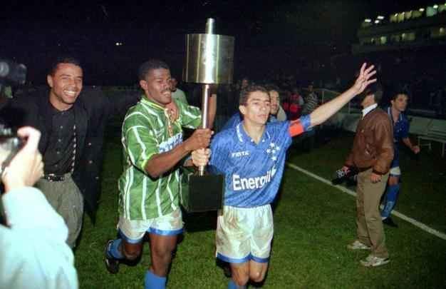 1996 Copa do Brasil Herico na final da Copa do Brasil de 1996 Dida exaltado por ex