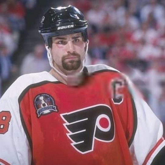 1997 Stanley Cup Finals Top 15 Worst NHL Stanley Cup Finals Performances by a Star