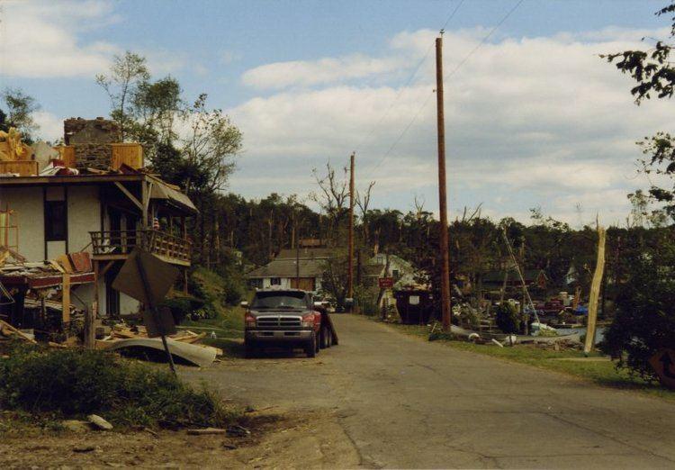 1998 Eastern tornado outbreak