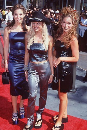 1998 MTV Video Music Awards 22 Oddest Couples to Walk the MTV VMAs Red Carpet Fuse