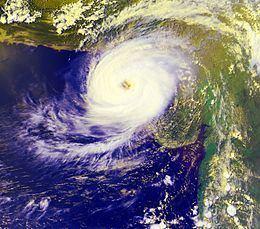 1999 Pakistan cyclone httpsuploadwikimediaorgwikipediacommonsthu