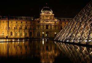 1st arrondissement of Paris wikitravelorguploadsharedthumb665ParisLou