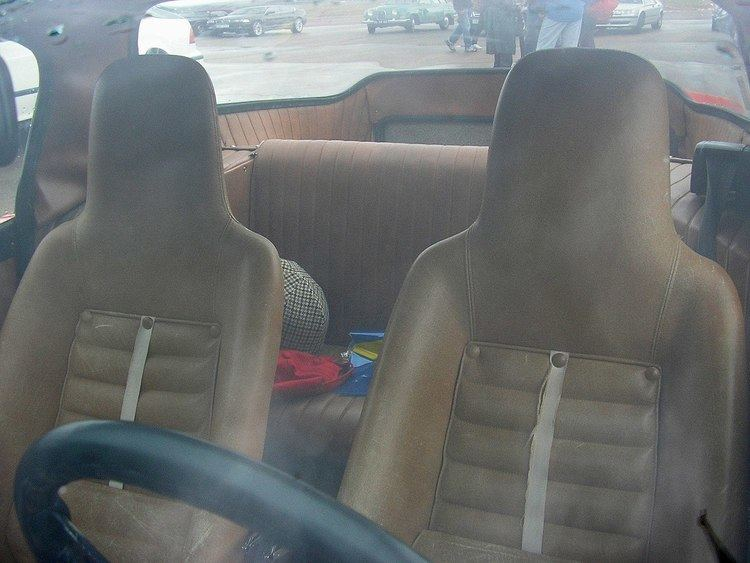 2+2 (car body style)