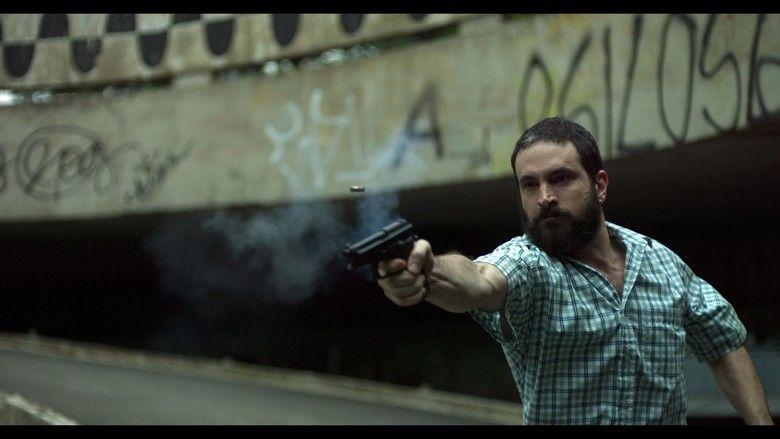 2 Coelhos movie scenes