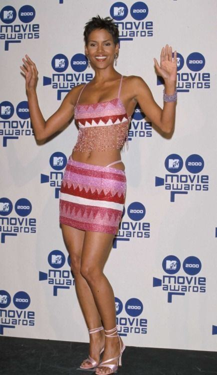 2000 MTV Movie Awards Pinterest The world39s catalog of ideas