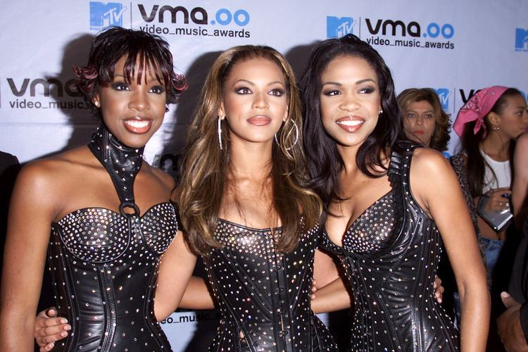 2000 MTV Video Music Awards 2000 MTV Video Music Awards New Music Music News Concerts