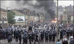 2001 Bradford riots BBC News UK Riot towns warn of BNP rise