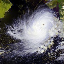 2001 India cyclone httpsuploadwikimediaorgwikipediacommonsthu