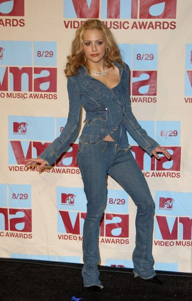 2002 MTV Video Music Awards Brittany Murphy Pictures Press Room