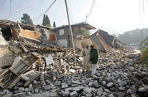 2005 Kashmir earthquake 2005 Kashmir Pakistan Top 10 Deadliest Earthquakes TIME