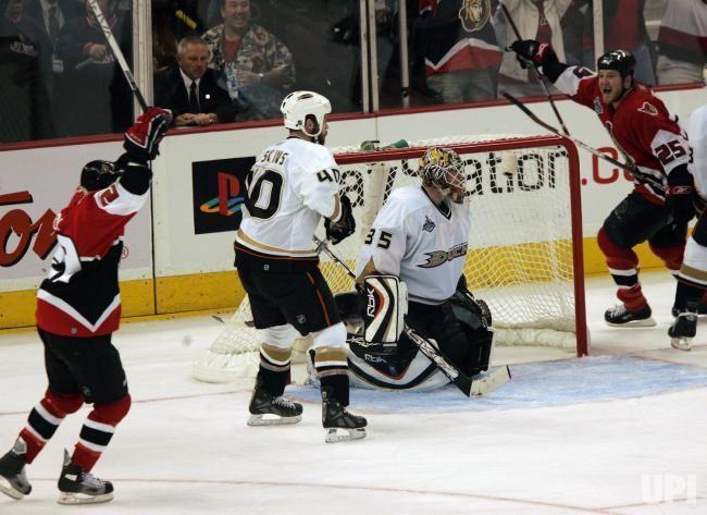 2007 Stanley Cup Finals 2007 STANLEY CUP FINALS GAME THREE ANAHEIM DUCKS VS OTTAWA SENATORS