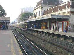 2011 Flores rail crash httpsuploadwikimediaorgwikipediacommonsbb