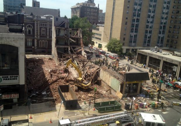 2013 Philadelphia building collapse Shocking Footage Shows Aftermath of Building Collapse in