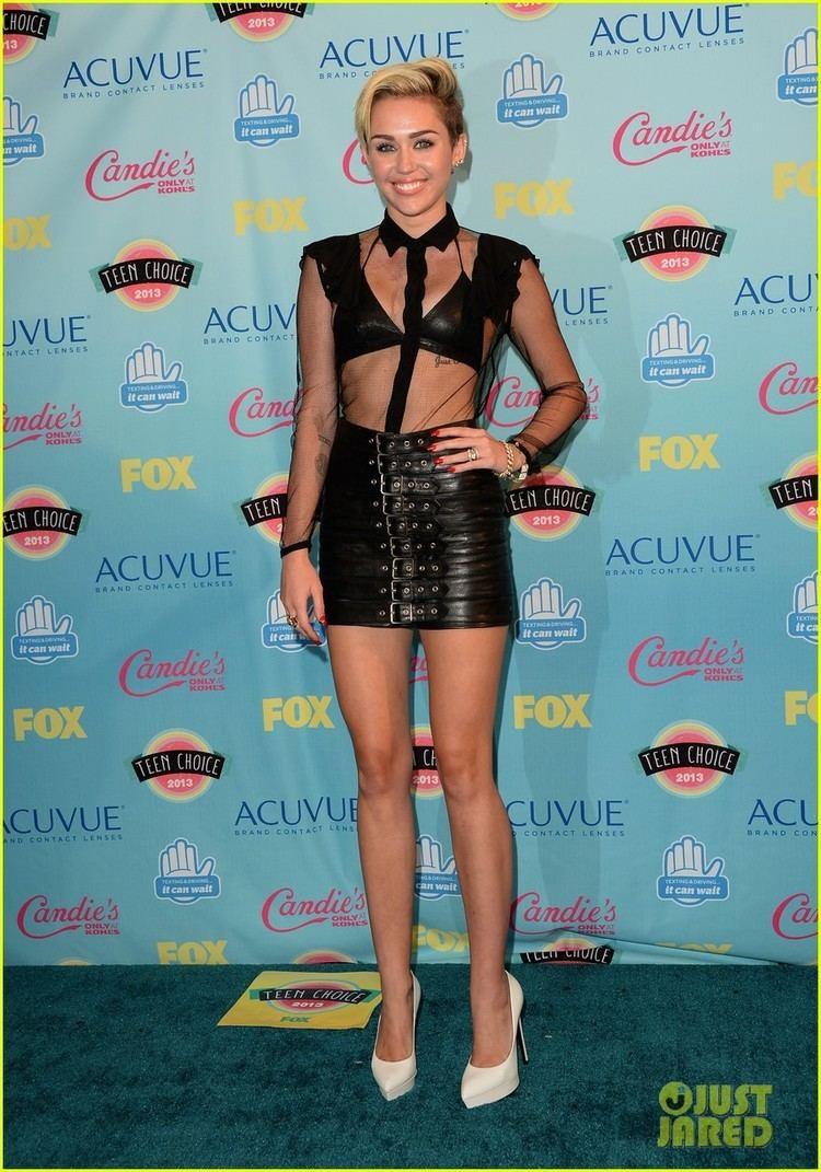 2013 Teen Choice Awards Miley Cyrus Teen Choice Awards 2013 Winner Photo 2928169 2013