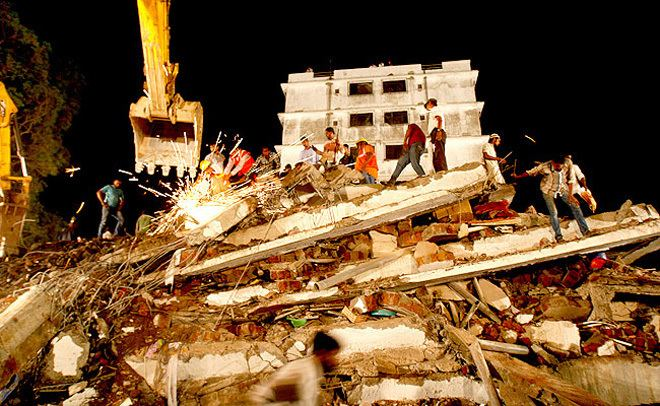 2013 Thane building collapse media2intodayinindiatodayimagesstoriesthane