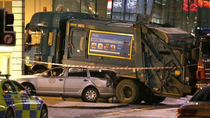 2014 Glasgow bin lorry crash Hundreds attend funeral of school teacher killed in bin lorry
