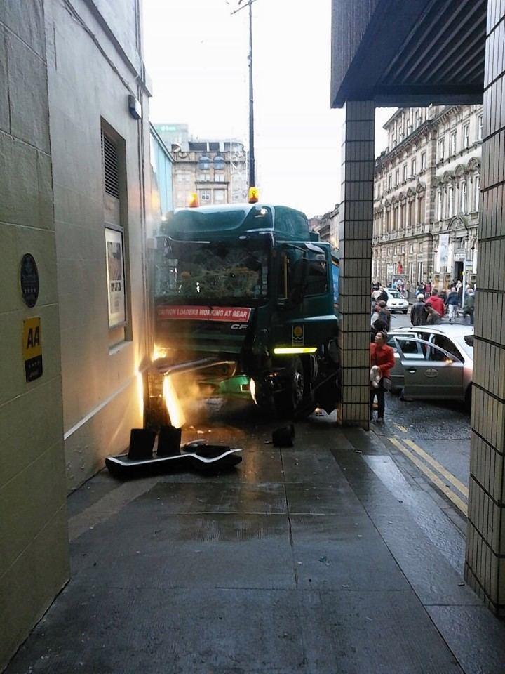 2014 Glasgow bin lorry crash Glasgow Archives Press and Journal