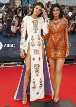 2014 Much Music Video Awards Kendall amp Kylie Jenner 2014 MuchMusic Video Awards in Toronto