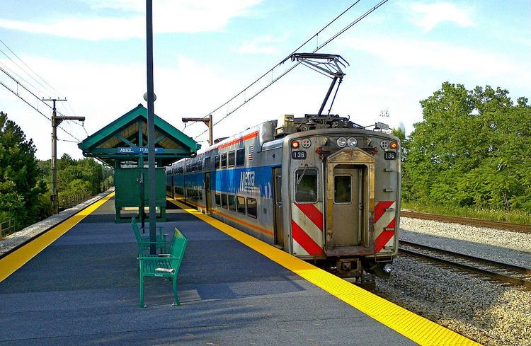 211th Street (Lincoln Highway) station