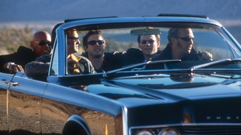 3000 Miles to Graceland movie scenes