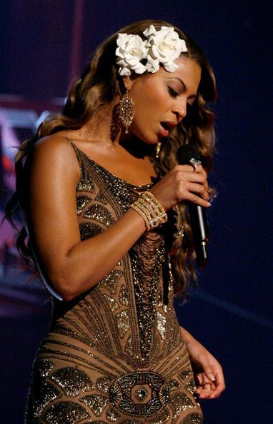49th Annual Grammy Awards Beyonce Knowles Photos Photos 49th Annual Grammy Awards Show