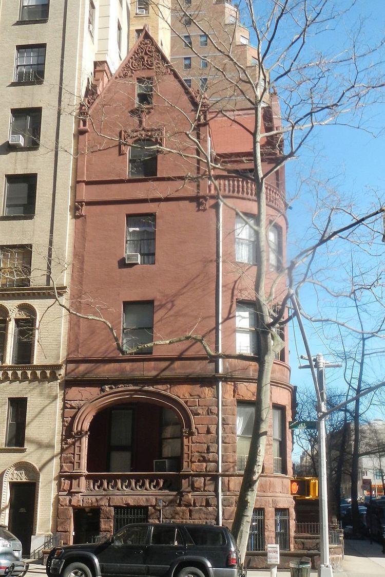 520 West End Avenue