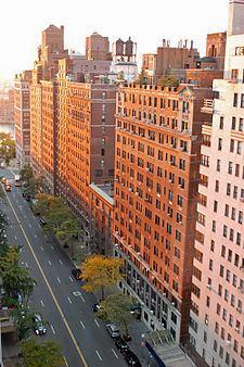 57th Street (Manhattan) httpsuploadwikimediaorgwikipediacommonsthu