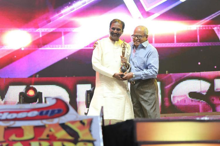 6th Vijay Awards THALA AJITH RASIKAN Vijay Tv 6th Annual Awards 2012 Photos Gallery