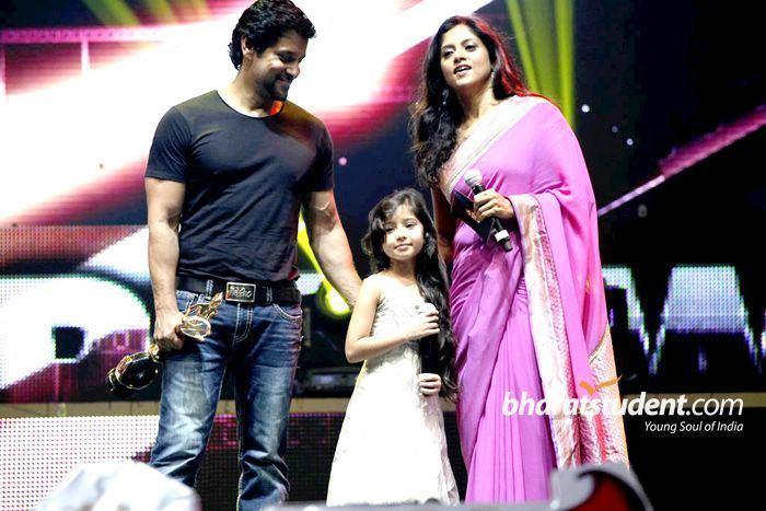 6th Vijay Awards 6th Annual Vijay Awards 2012 Photo Gallery 6th Annual Vijay Awards