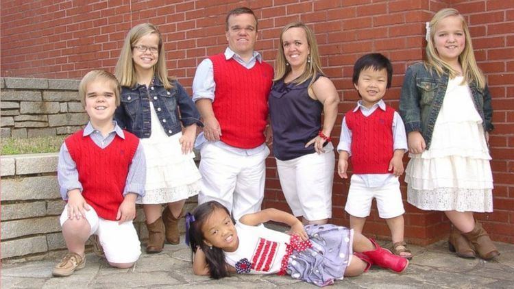 7 Little Johnstons What Life Is Like For a Little Family Who Call Themselves the Real