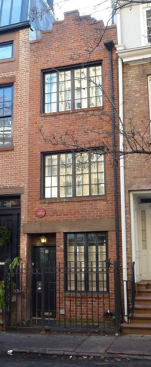 75½ Bedford Street