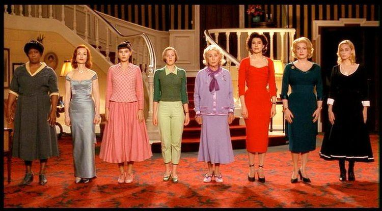 8 Women DREAMS ARE WHAT LE CINEMA IS FOR 8 WOMEN 8 FEMMES 2002