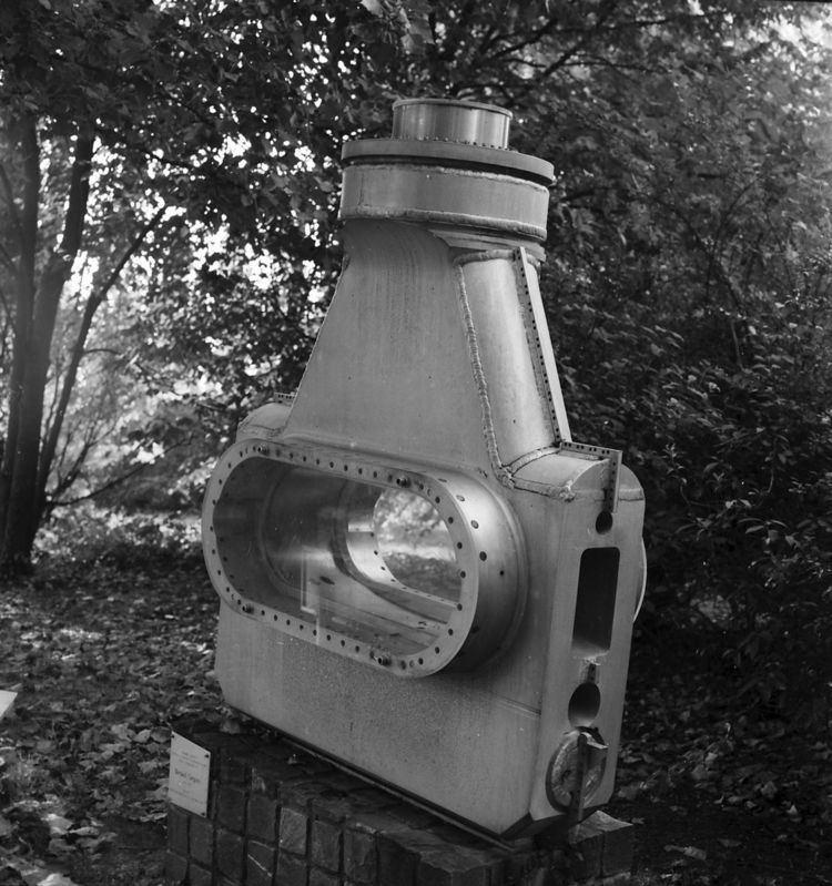 81 cm Saclay Bubble Chamber