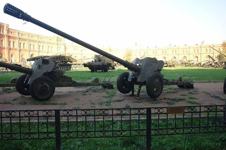85 mm antitank gun D-48
