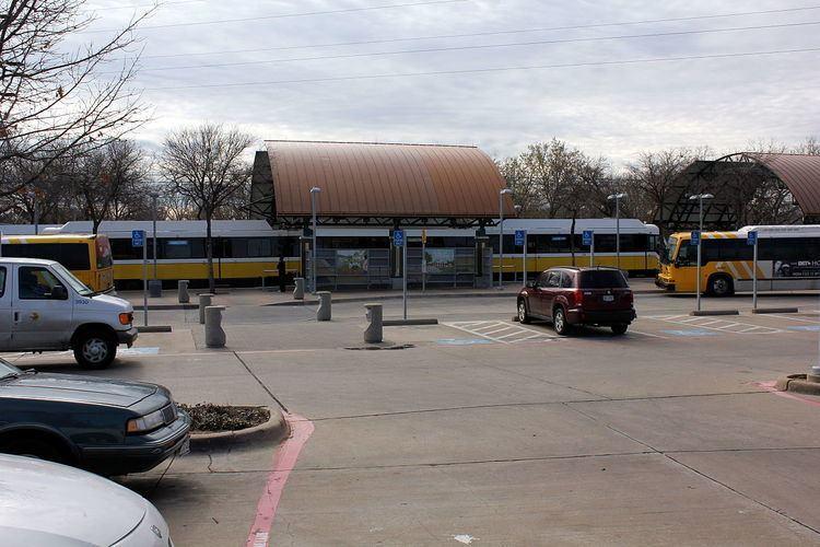 8th & Corinth (DART station)