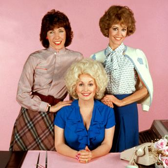 9 to 5 (film) Donnas Decembers Movie Review 9 to 5