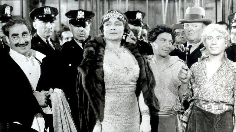 A Night at the Opera (film) movie scenes