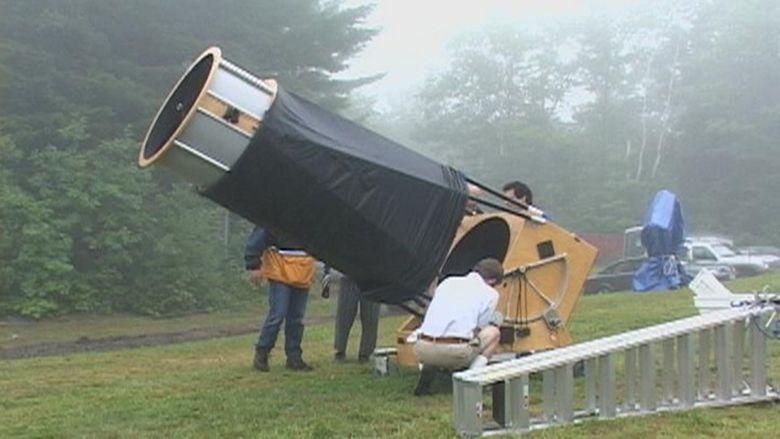 A Sidewalk Astronomer movie scenes