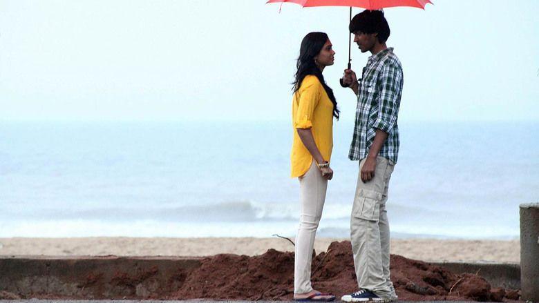 Aadhalal Kadhal Seiveer movie scenes