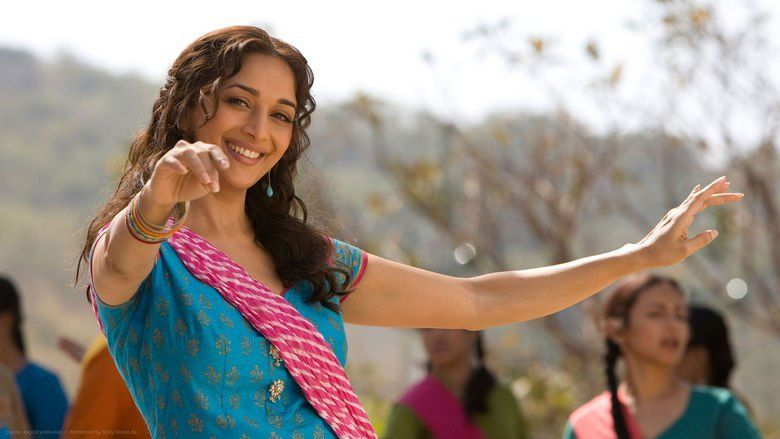 Aaja Nachle movie scenes